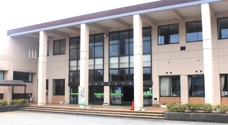 津幡町総合体育館