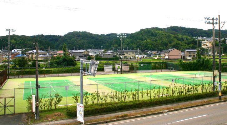 津幡町テニスコート